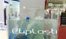 Caixa de acrílico transparente para água