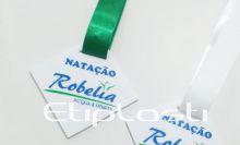 Medalha de acrílico natação
